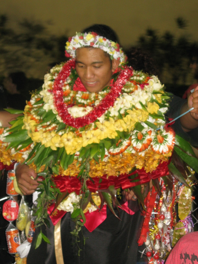 Lei Can Be Made With Construction Paper Yarn Solid: Kahuku High School Graduation